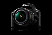 Nikon D3500 este disponibil in Romania