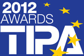 Nikon premiat la TIPA 2012 si red dot awards